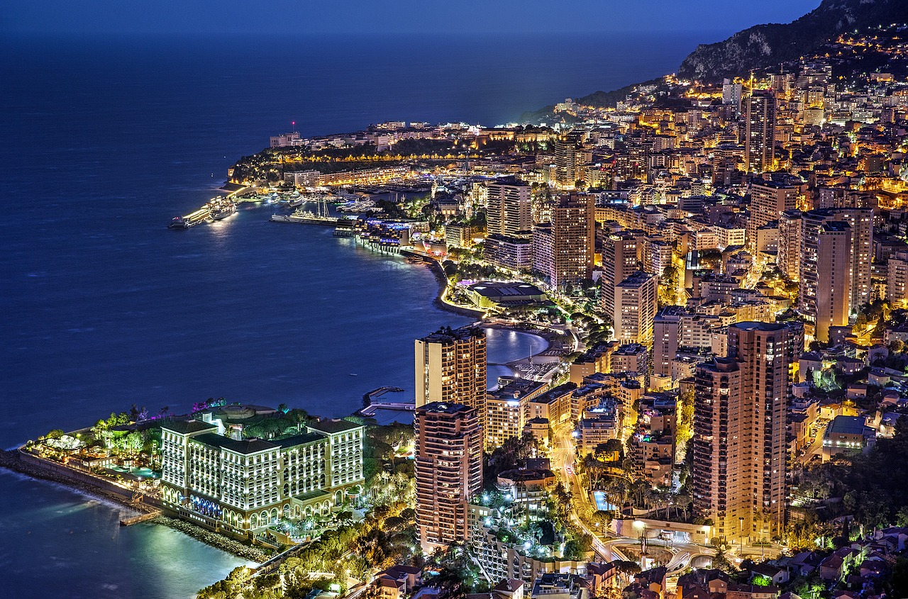 Monte Carlo in the evening candid